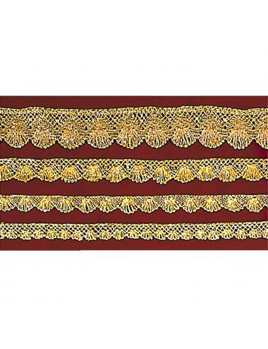 Medium-fine lace