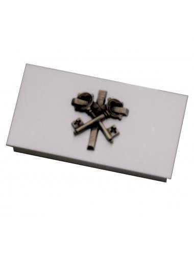 Key box with keys motifs
