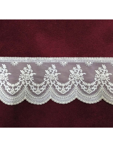 Lace decorated with floral motifs