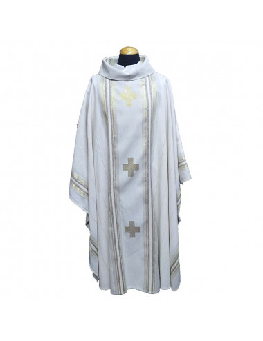 Chasuble with wool design