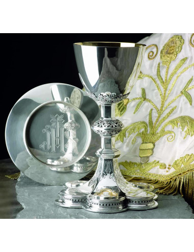 Chalice Gothic and Paten with medallions