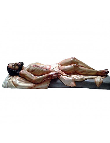 Recumbent Christ in cedar wood